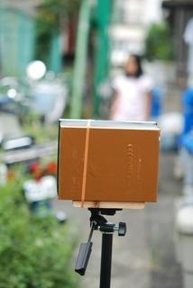 三脚にカメラを固定.jpg